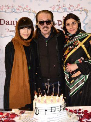 ناصر چشم آذر و همسر و دخترش