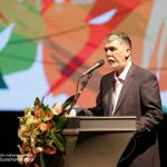 سیدعباس صالحی در سالار عقیلی اختتامیه سی و سومین جشنواره موسیقی فجر