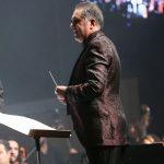 محمدرضا عقیلی در کنسرت عاشقانه های پاپ