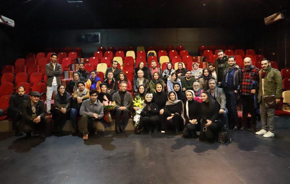 گلاب آدینه مهمان نمایش مدرسه پینوکیو