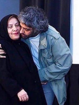 بابک خرمدین و مادرش