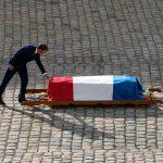 خاکسپاری ژان پل بلموندو